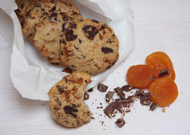 rezept aprikosen schoko cookies lecker ohne. Black Bedroom Furniture Sets. Home Design Ideas