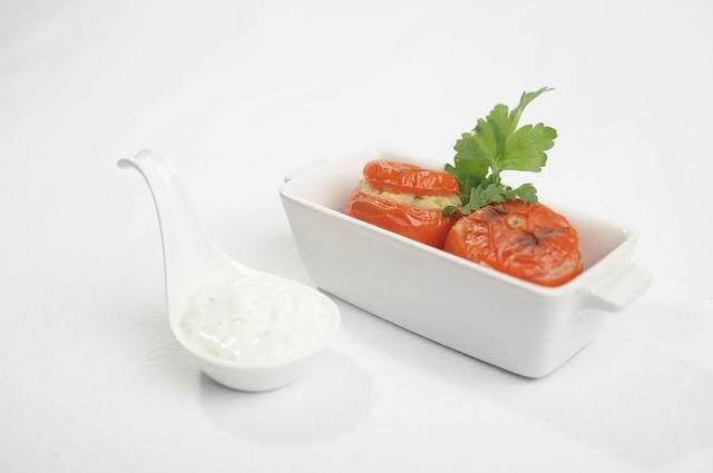 rezept gef llte tomate lecker ohne. Black Bedroom Furniture Sets. Home Design Ideas